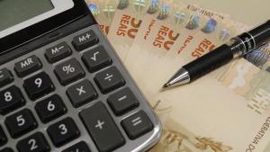 Servidor tem direito a correção monetária em caso de atraso de pagamento, diz especialista
