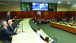 Assembleia aprova nova LDO para exercício de 2016