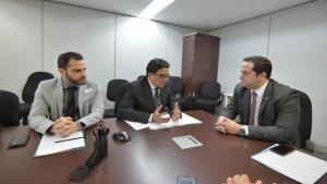 CPI das Universidades se reúne com MEC em Brasília