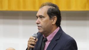 Edson Automóveis vai relatar Plano Municipal de Educação