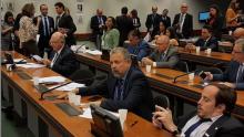 Elias Vaz diz que Bolsonaro quer esconder gasto de R$14 milhões no cartão corporativo