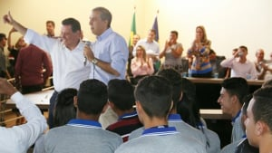 Dupla Marconi e José Eliton já visitaram 170 municípios