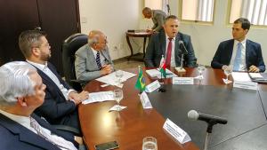 Embaixada de Belarus assina acordos de investimentos para Goiás