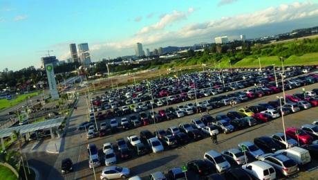 Projeto de lei prevê gratuidade em número de vagas em estacionamento de shoppings de Goiânia