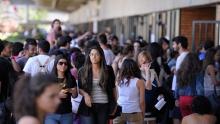 No primeiro dia de inscrição, estudantes reclamam de lentidão no site do Sisu