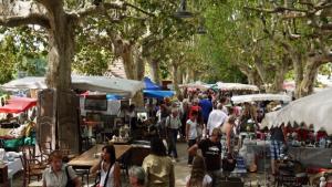 Conhecida como capital das feiras, Goiânia conta com opções além do tradicional. Veja