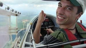É grave o estado de saúde do piloto do avião que caiu em fazenda de Júnior Friboi