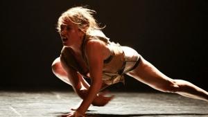 De Tel Aviv, bailarina ministra oficina em Goiânia