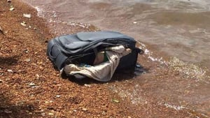 Corpo é encontrado dentro de mala no Lago Paranoá, em Brasília