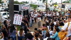 Sem negociação, professores municipais ampliam mobilização e mantêm greve
