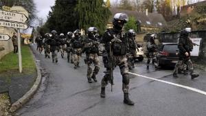 A incompetente polícia francesa