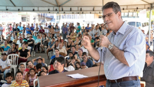 """""""Vale a pena colocar 'Goiás na Frente'"""", elogia Francisco Jr."""