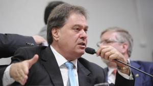 Gim Argello será julgado por contratos de informática da Câmara Legislativa