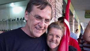 Para petistas, primeiro contato de rua de Gomide foi positivo