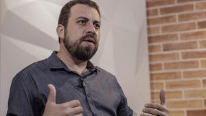 Guilherme Boulos, do PSOL, é o segundo presidenciável sabatinado pela Record TV