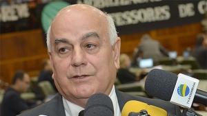 Helio de Sousa acata parecer da comissão e Padre Luiz deve ser exonerado