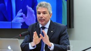 Procurador da República defende pacote de medidas contra a corrupção na Câmara
