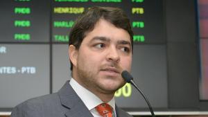 Vanderlan Cardoso pode apoiar Henrique Arantes para prefeito