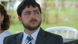 Henrique Arantes afirma que faltou investimento, mas não diz que a Saneago era dirigida pelo PTB