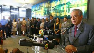 """Como Iris Rezende vai """"vestir"""" sua nova gestão como prefeito de Goiânia?"""
