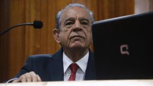 Projeto revoga decreto de Iris que suspende concessão de licença-prêmio de servidores