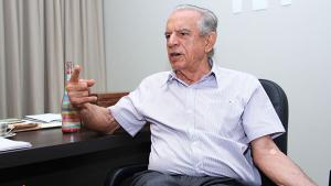 """Em resposta à Época, Iris Rezende esclarece """"equívocos"""" de matéria sobre compra de fazendas"""