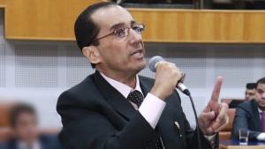 Jorge Kajuru critica tudo, mas se omite sobre secretários fichas sujas de Iris Rezende