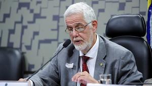 """Deputado do PT quer criar """"Lei Jair Bolsonaro"""" contra fujões em debates eleitorais"""