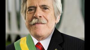 José de Abreu viraliza nas redes ao se auto-declarar presidente do Brasil