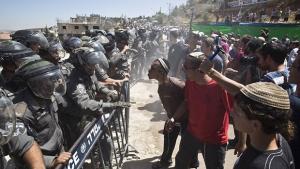 Ocupação na Cisjordânia é ilegal e todos sabem disso, mas os colonos judeus não estão nem aí