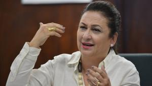 Senadora Kátia Abreu, do apogeu ao anonimato