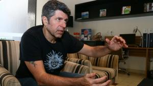 """Leoni defende Zeca Camargo e diz que internet """"radicalizou"""" opiniões"""