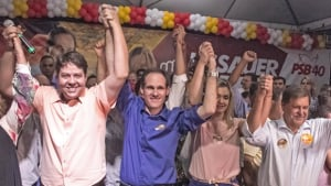 Karlos Cabral, que até julho era oposição ferrenha, é escolhido vice do candidato do prefeito