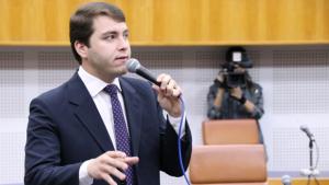 Vereador diz que PSL está fechado com Caiado de forma institucional. Militância vai com José Eliton