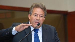 Ex-deputado do PMDB teria liderado tráfico de influência em esquema da Saneago, mostra grampo