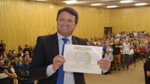 Magal é mais uma vez afastado e presidente da Câmara assume prefeitura de Caldas Novas