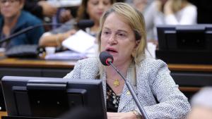 """""""Reforma da Previdência não irá prejudicar a população"""", garante Magda Moffato"""