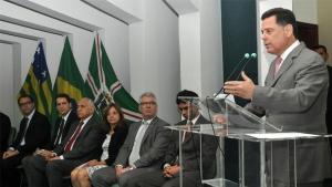 Governador empossa 25 novos procuradores do Estado