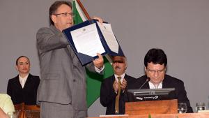 Marcelo Miranda é empossado governador de Tocantins