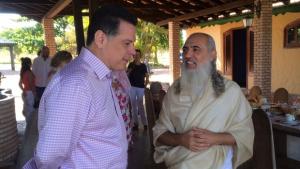 Governador se reúne com Mestre Baba e acerta projetos para Alto Paraíso