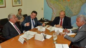 Marconi vai a Brasília pedir auxílio federal para conclusão de duplicação da BR-153