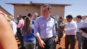 Marconi lança residencial em Goianésia e ressalta união de poderes em obras de moradia
