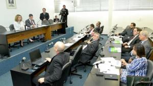 """Ana Carla participará de audiência na Assembleia para """"amadurecer"""" LRF"""