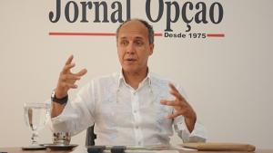 Marqueteiro diz que Elias Vaz sai na frente ao se colocar como candidato de oposição a Iris
