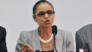 Marina aceita substituir Campos e autoriza consulta ao PSB sobre candidatura