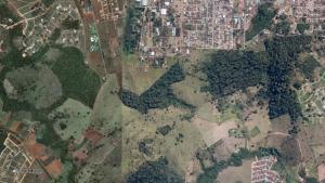 Após trânsito em julgado, MPGO pede desocupação do topo e encostas do Morro do Mendanha