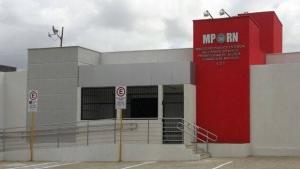 Atentado na sede do Ministério Público deixa dois baleados no Rio Grande do Norte