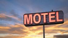 """Deputado pastor quer proibir motéis em áreas residenciais: """"ferem os princípios da moral"""""""
