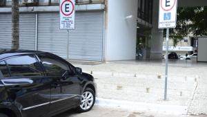 Em Goiânia, multas leves e médias poderão ser convertidas em advertências