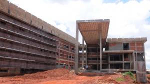 Em obras, Hospital Municipal de Aparecida promete ser referência na Saúde de Goiás